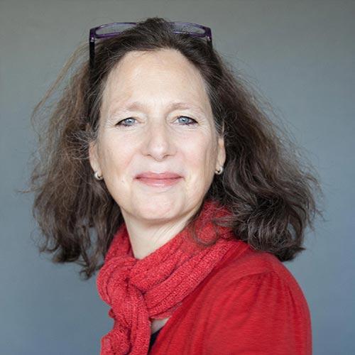 Dr. Angelika Hornsteiner